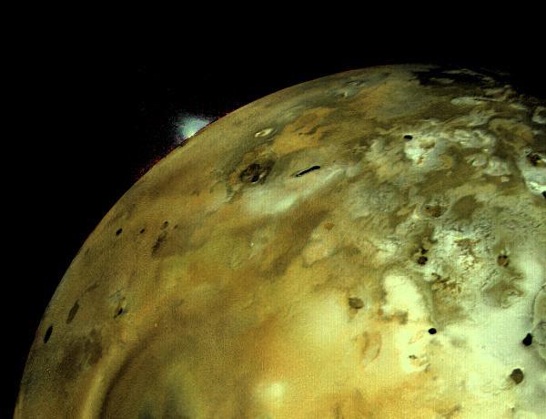 Voyager Io Plume