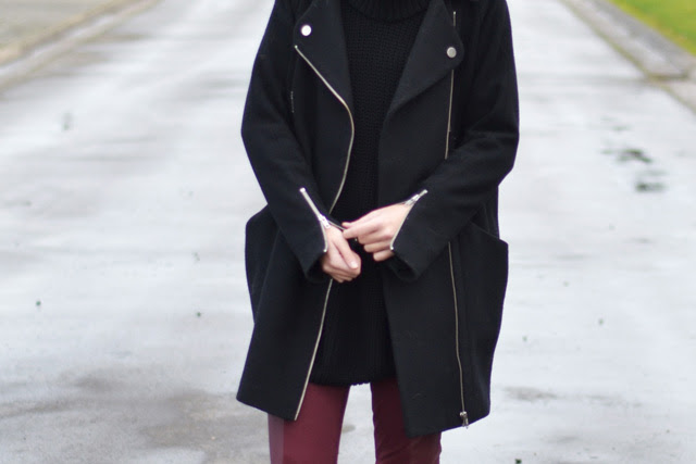asos biker cocoon coat zalando mbym oversized turtleneck hope inspired sweater burgundy h&m divided panel legging h&m divided biker western boots outfit post fashion blogger turn it inside out belgium winter inspiration
