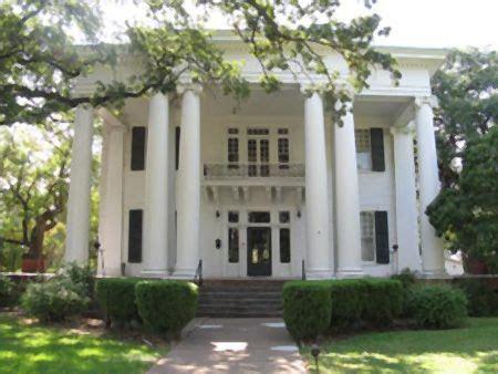 historic allen house  marlin texas texas wedding