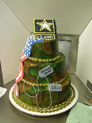 Novelty Cakes 3   Lisa Becker's Bakery   Custom Cakes and