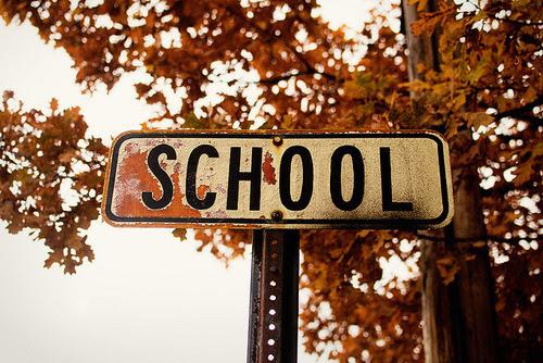 Imagini pentru school tumblr