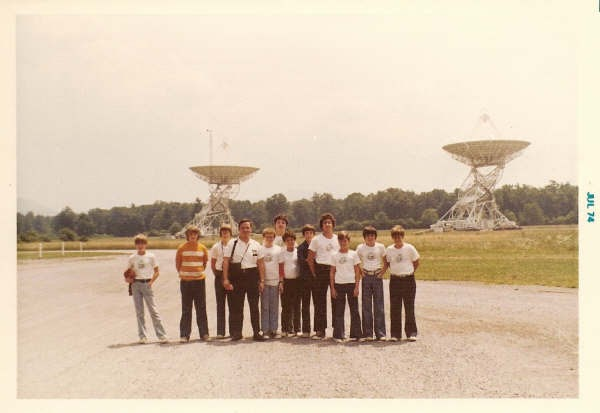 SpaceWatchtower: Iconic Radio Telescope to be Moth-Balled?