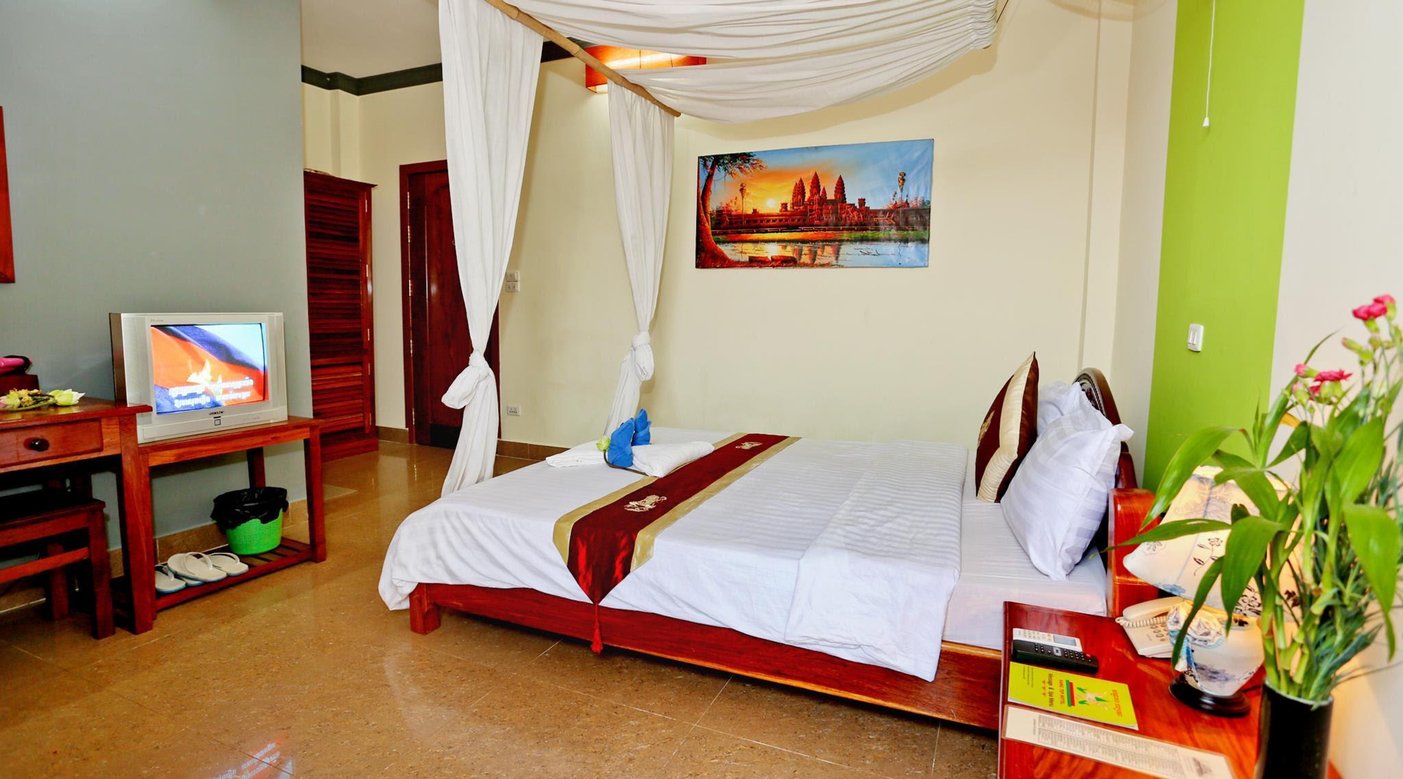 Price Hang Tep Hotel