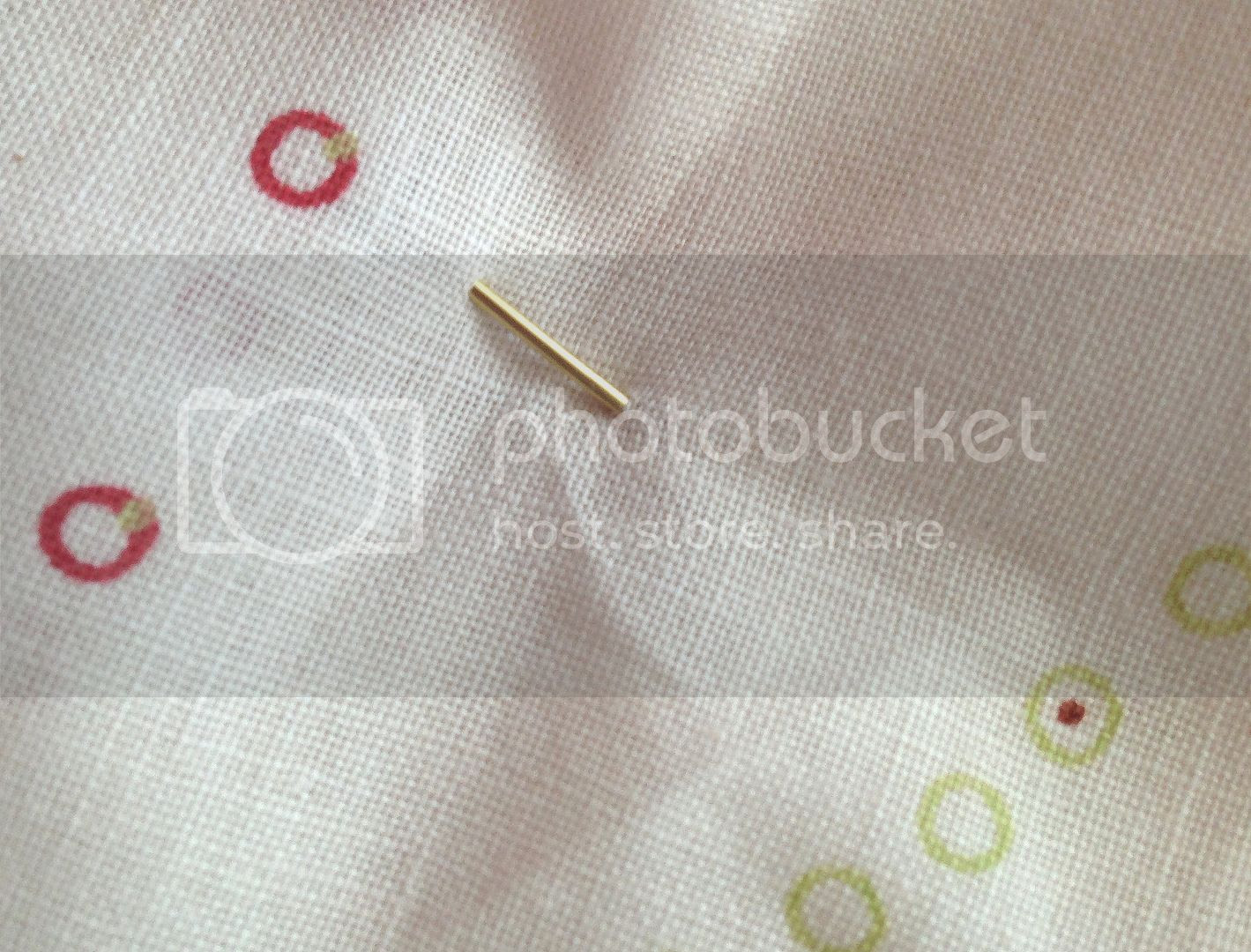 Chronically Vintage: By request: How to secure a brooch in place