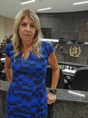 Ilana Casoy esteve no Fórum de Olinda para acompanhar júri dos canibais (Foto: Luna Markman/G1)