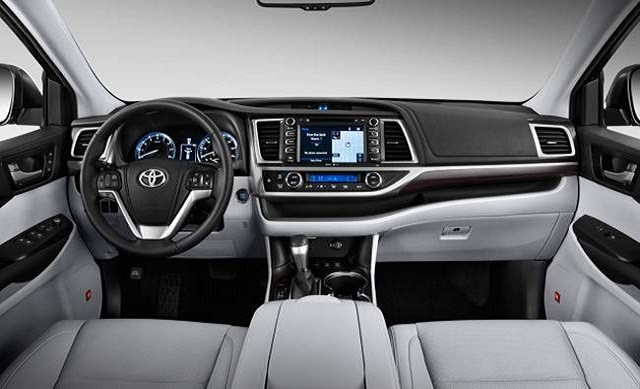 2017 Toyota Highlander LE engine, specs - Best 8 passenger ...