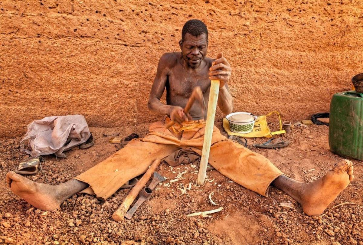 A pedreira de tijolos de Karaba em Burkina Faso 10