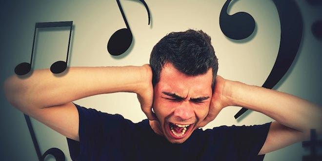 gusano de oido