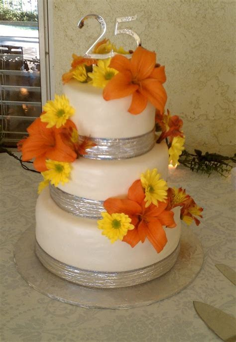 1000  ideas about 25th Wedding Anniversary Cakes on