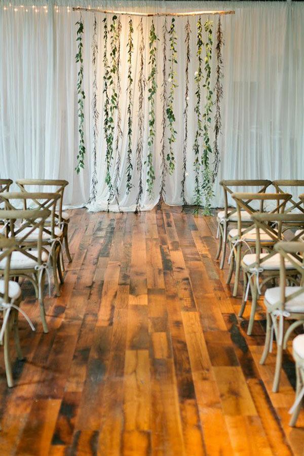 backdrop con foglie matrimonio botanico