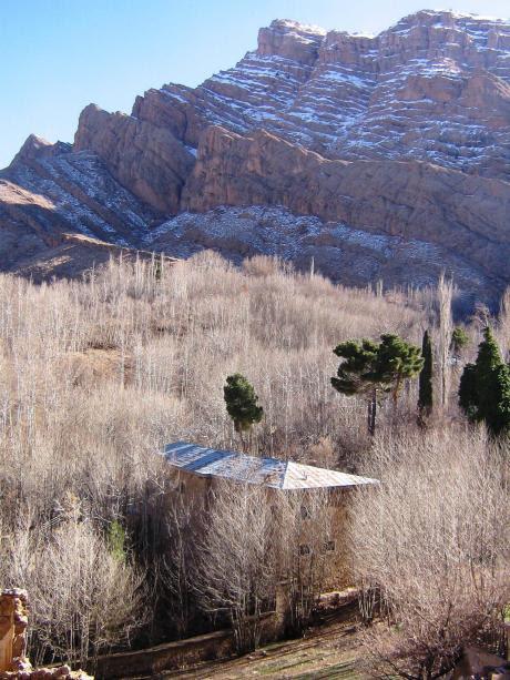 قلات: روستایی در استان فارس