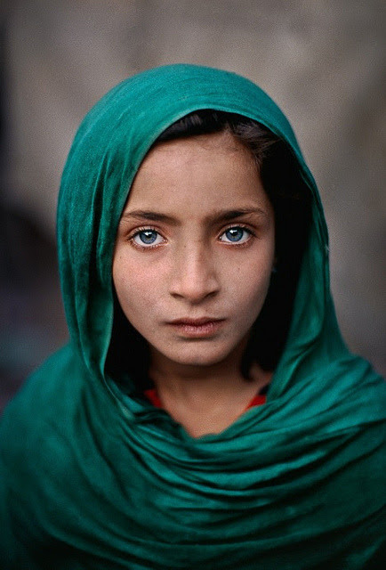 Paris Art Web - Artists - Photography - Steve McCurry by Paris Art Web on Flickr.