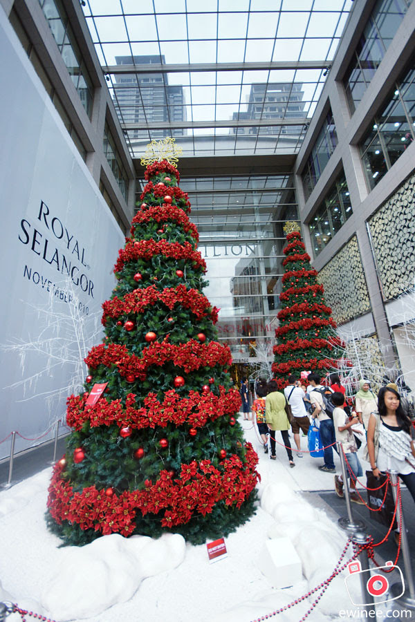 CHRISTMAS-IN-PAVILION-KL-2