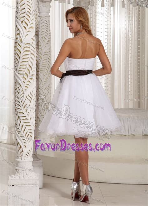 Beautiful Ruched Knee length Organza Graduation Ceremony