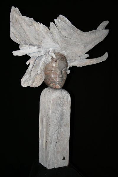 sculpture en marbre, bois et métal Myaïdes V de Patrick Vogel