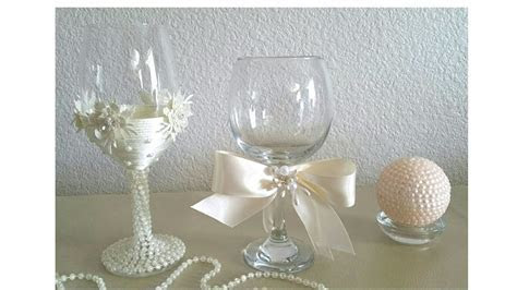 DIY BRIDES CHAMPAGNE GLASSES, AND A VICTORIAN STYLE CANDLE