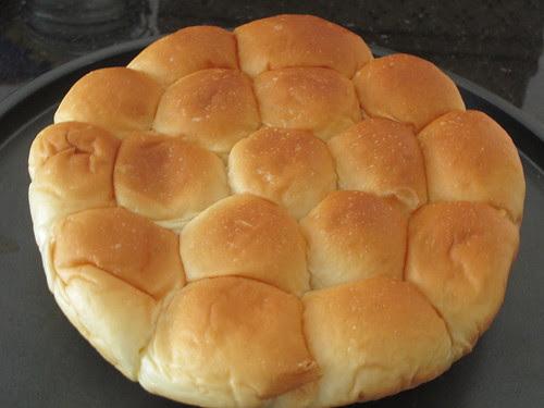 Roti Paun (Little butter buns)
