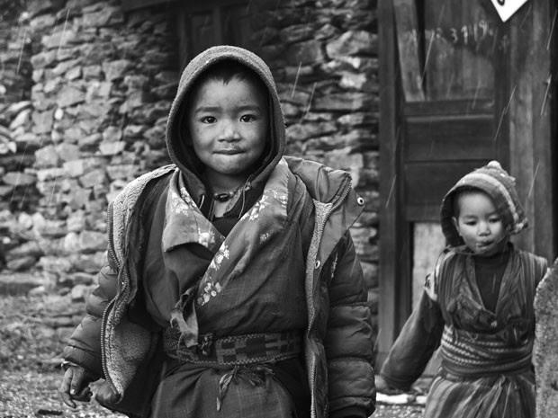 Crianças no Tibete (Foto: Felipe Pereira/Arquivo pessoal)