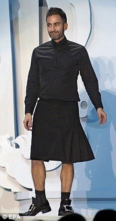 Solitária no alto: Marc Jacobs pode ser um rei da moda, mas ele não está além da crítica