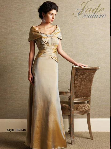 For mature women   formal wear   Mother of the bride gown