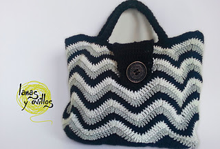 Bolso-crochet-patron-gratis-ganchillo-bag-purse-free-zigzag-chevron_small2