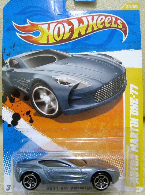 Hot Wheels 2011 Premiere Aston Martin One 77 Grey Kukuspace