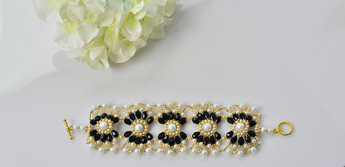 Pandahall Tutorial - How to Make a Handmade Black and White Beaded Flower Bracelet