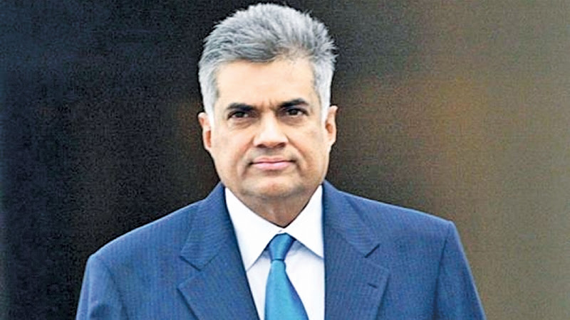PM leaves for Vietnam to attend WEF