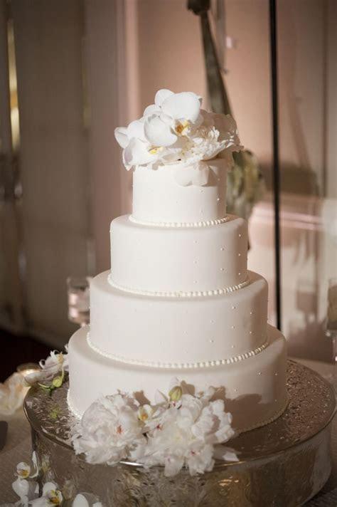 Glamorous Seaside Wedding in California   Bridal Guide