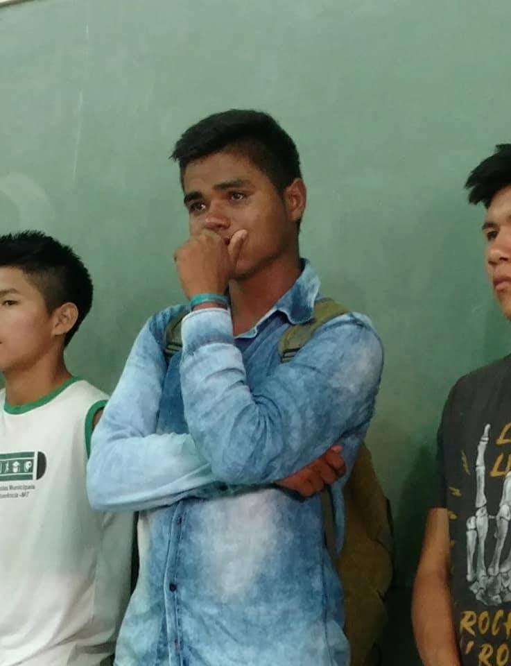 estudantes cancelam viagem tratamento colega