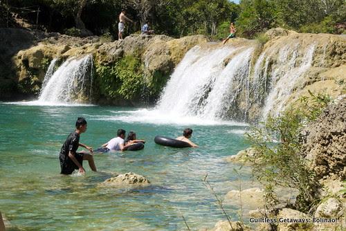 bolinao-waterfalls.jpg