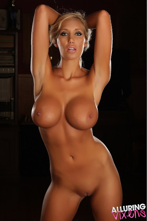 Jenna Bentley Naked - Hot 12 Pics | Beautiful, Sexiest