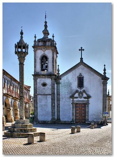 Pelourinho e Igreja de S. Pedro, em Trancoso. by VRfoto