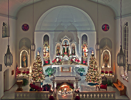 are called to help decorate for christmas you can help your church christmas ideas christmas at church church wedding decorations christmas - Christmas Church Decoration Ideas