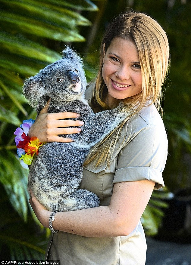 Download image Steve Irwin Daughter PC, Android, iPhone and iPad