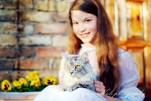 dream girl with cat