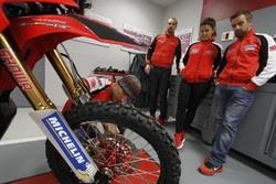 Honda racing DAK15_preparations_05