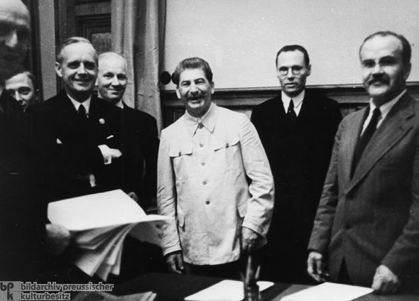 Image result for Nazi Germany and the Soviet Union signed a non-aggression treaty.