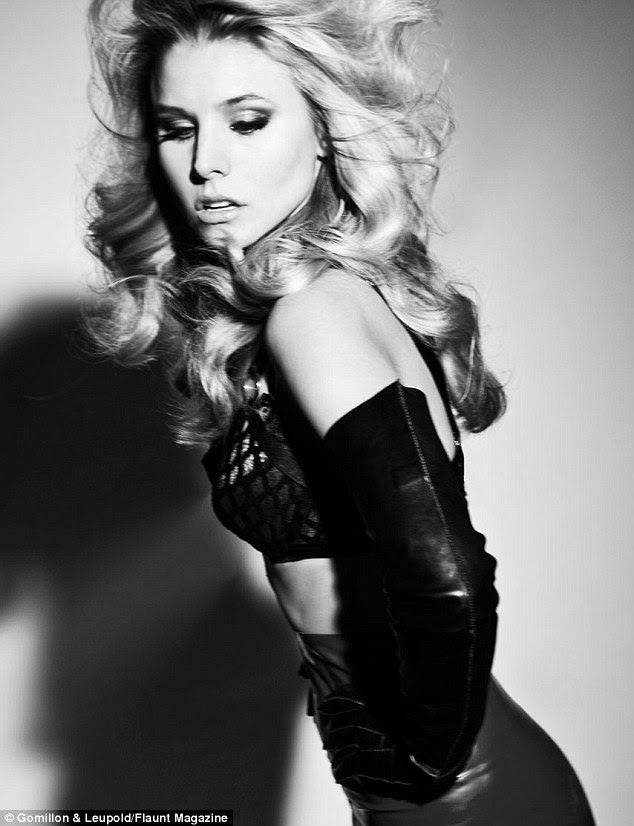 Meow!  Kristen Bell flaunts sua figura fabulosa na nova edição da revista Flaunt