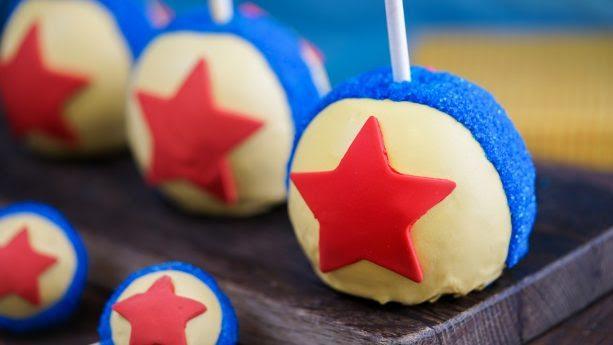 Pixar Ball Apple ©Disney