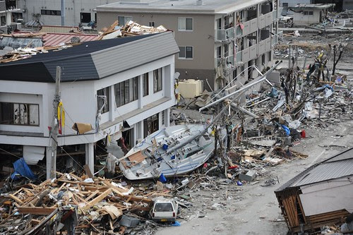 Search-and-Rescue Workers Arrive in Ofunato [Image 1 of 23]
