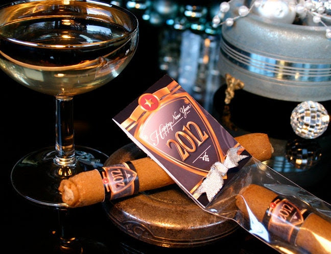 Ring in the New Year with our Smokin Sweet take on the Celebratory Cigar: 12 Individually Wrapped Spicy Molasses Cookies