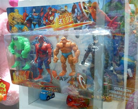 Wait A Minute : Iffy Justice League Toys In Argentina