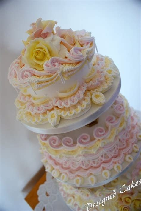 17 Best images about Royal Icing Wedding Cakes   Royal