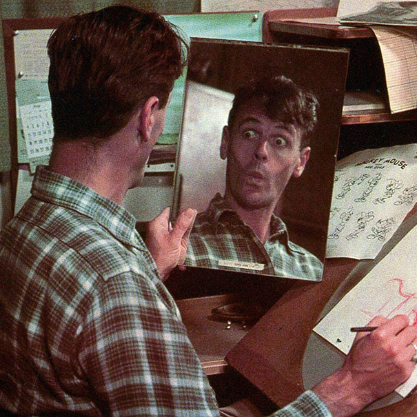 mirror-facial-expression-disney-animator-9