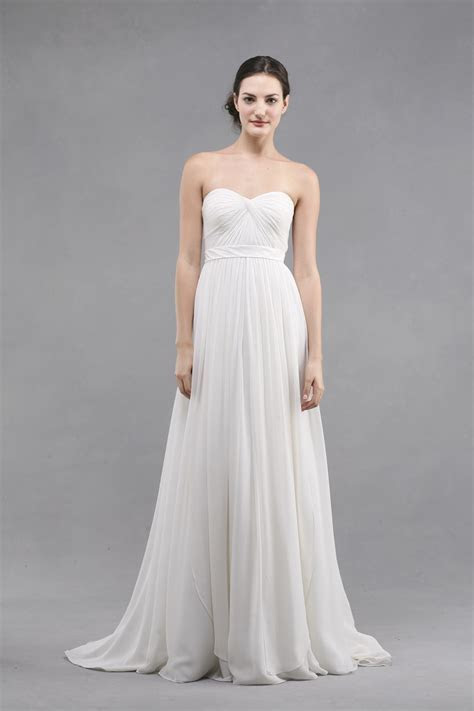 6 Simple and Casual Ideas for Summer Wedding Dresses