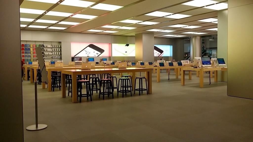 開店前のApple Store九龍塘