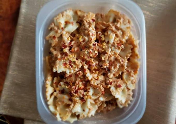 Recipe of Any-night-of-the-week Creamy chicken pasta
