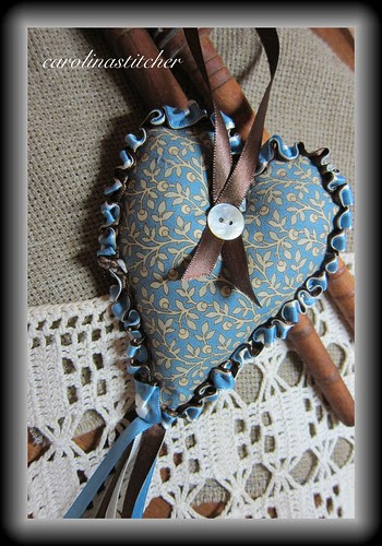 Spring Heart Hop~ Island Cottage Needlearts