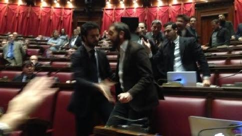 Legge elettorale, via M5S e LegaE spuntano 20 franchi tiratori